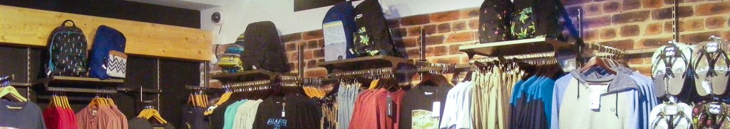 Retail-wall-fittings-and-Display-Equipment-distressed-industrial-look