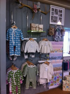 Baby clothes retail display equipment
