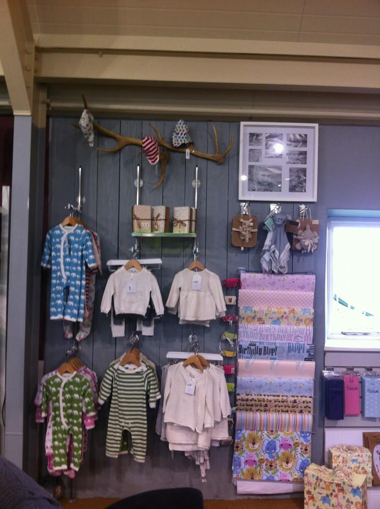 Metal Baby Clothes Shopfittings